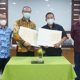 Penandatanganan Kerjasama Universitas Medan Area dan HR Community